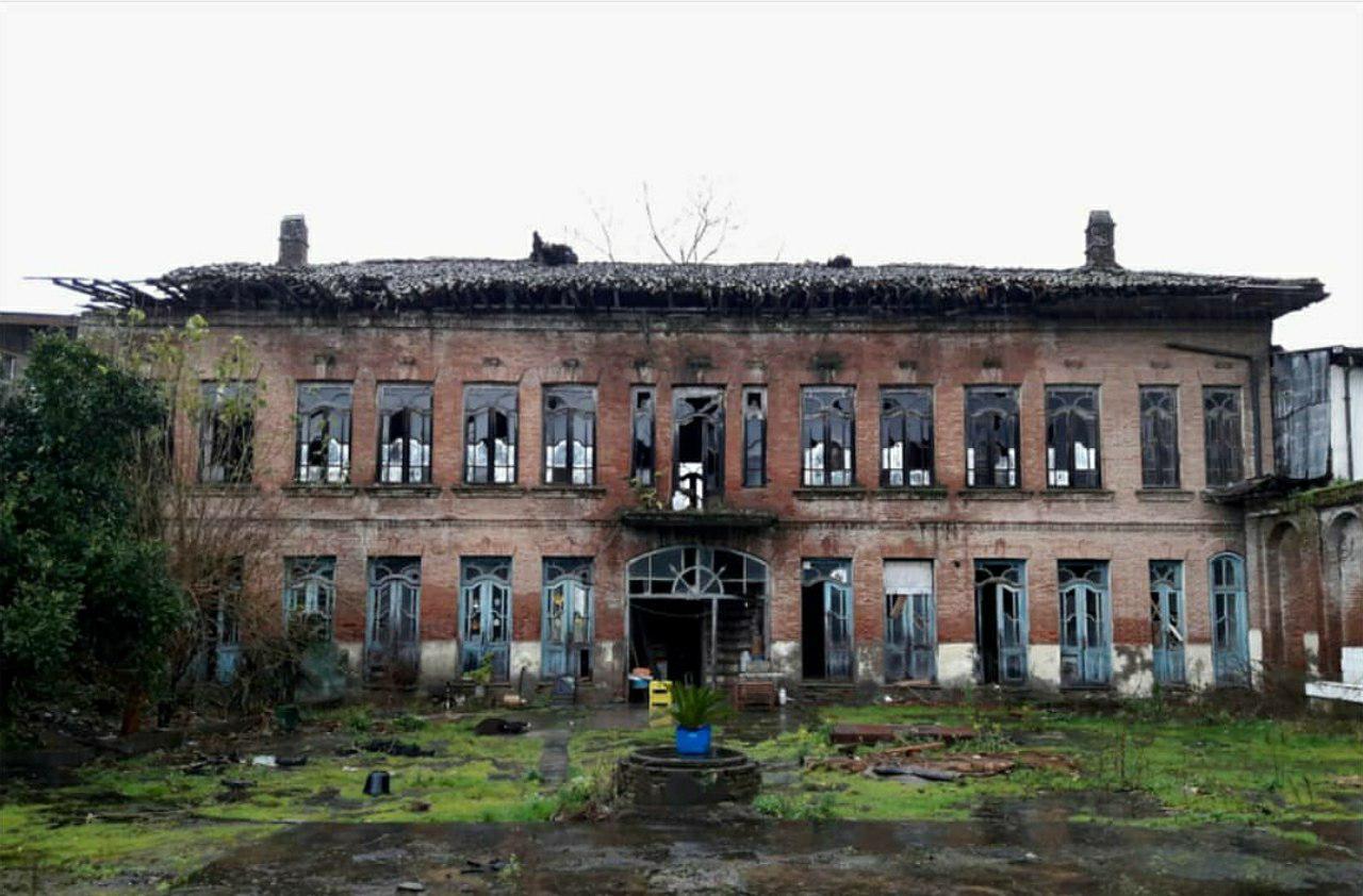 بنای تاریخی مدرسه دانشسرای رشت خریداری میشود